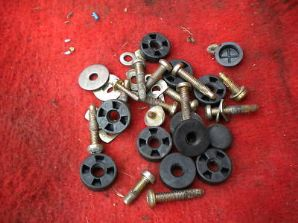 peugeot 205 1.9 1900 gti full set of seat bolts